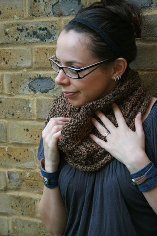 Loom knitted cowl