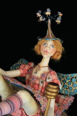 Bea in her Bonnet Torso