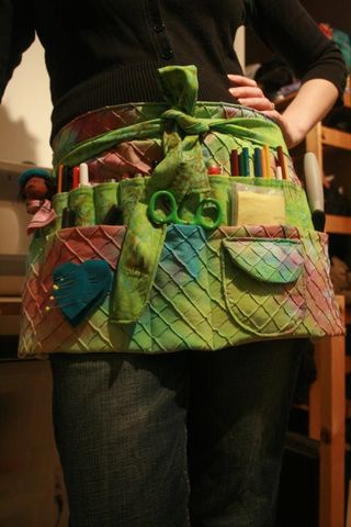 Free pattern apron by Colleen Babcock