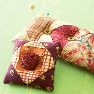 Scrap pincushion pattern