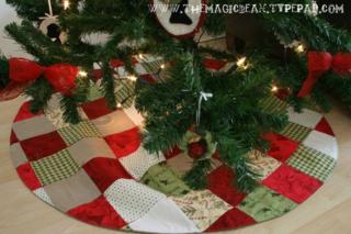 Patchwork Handtied Christmas Tree Skirt Tutorial