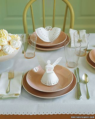 Paper plate angel place settings