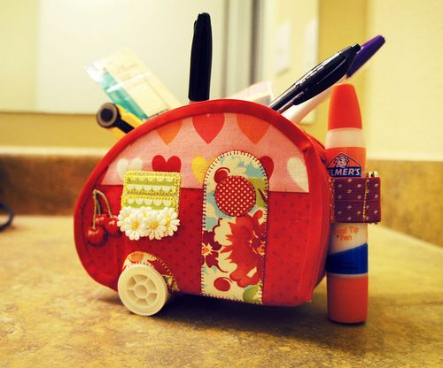 Trailer sewing caddy from Moda Bakeshop
