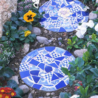 Mosiac garden stepping stone tutorial