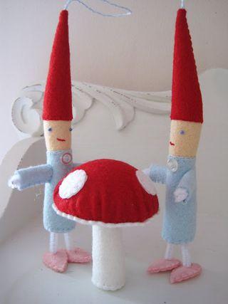 Creative breathing elves and mushrooms