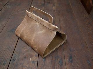 Leather lunch bag tutorial on Design Sponge